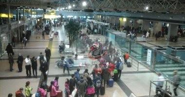 Photo of جمارك المطار تضبط 138 حقنة تحويل مسار معدة قادمة من تركيا